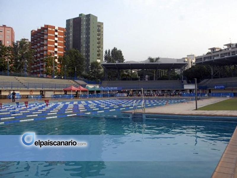 Cnt denuncia impagos y discriminaci n en las piscinas for Piscinas publicas en el sur de tenerife