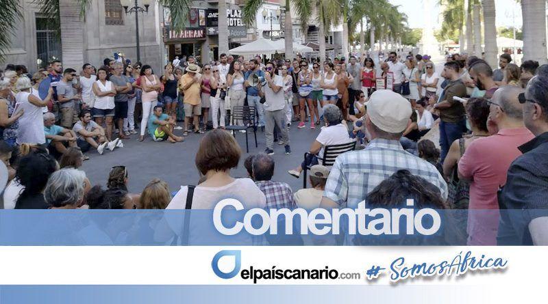 """Exitosa asamblea en la Plaza de la Candelaria contra la dejadez y la irresponsabilidad de Clavijo y su Ejecutivo en el asunto de las """"microalgas"""""""