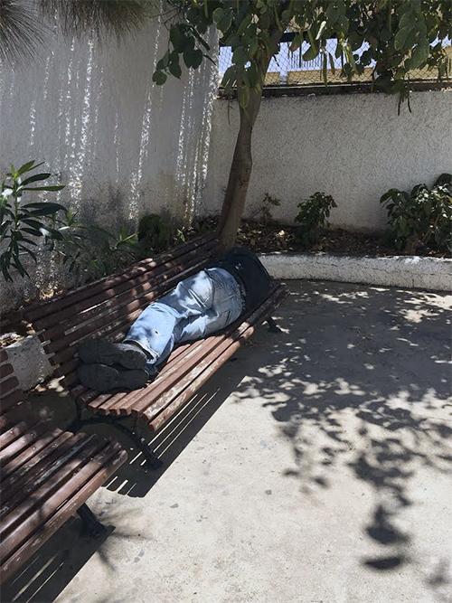 persona sin hogar santa cruz el pais canario