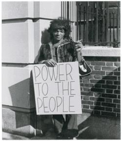 Marsha en una manifestación.