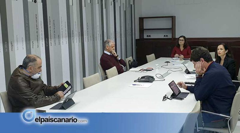 Los ayuntamientos canarios insisten en la necesidad de poder utilizar sus fondos para enfrentar la crisis sanitaria y social