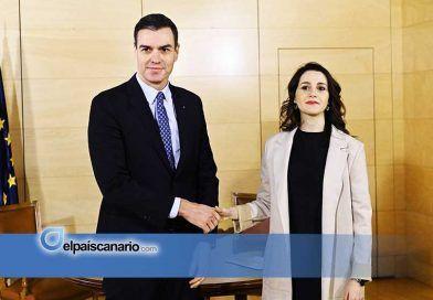 Sánchez cambia de socios y acuerda medidas económicas con Ciudadanos
