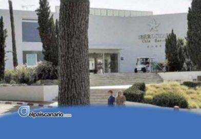 Cierra el primer hotel en Mallorca por un brote de Covid